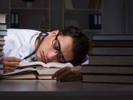 How Much Sleep Do College Students Need