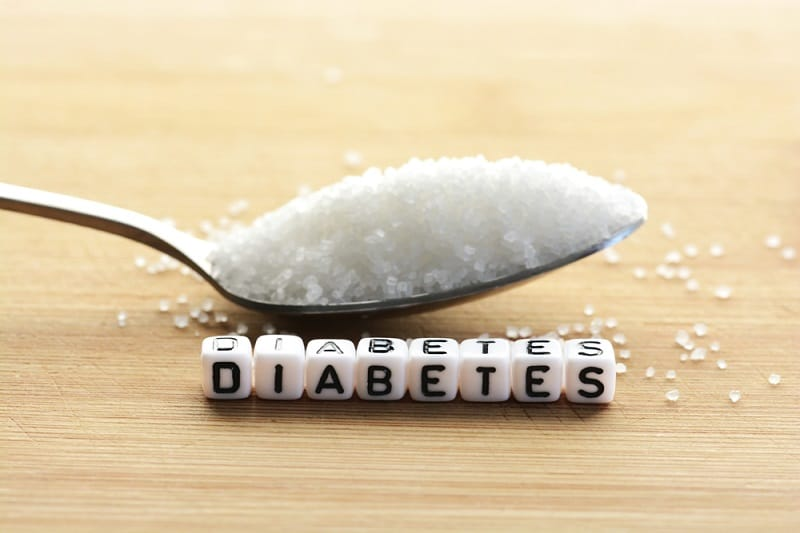 Reasons and Solutions to Cold Feet in Bed diabetes