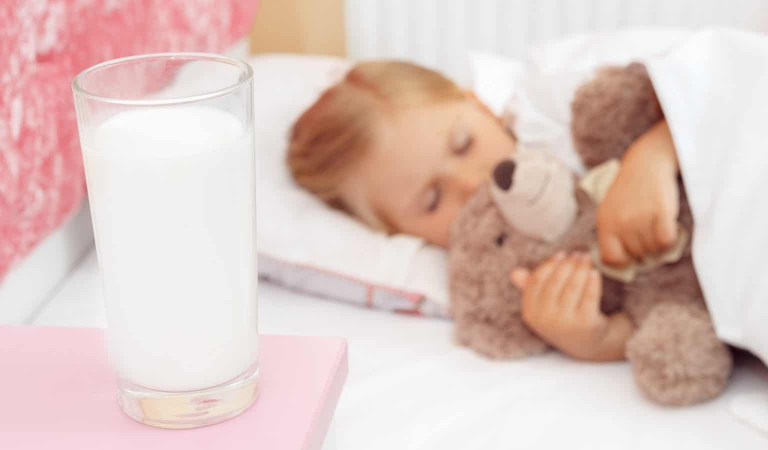 Should You Drink Milk Before Bed