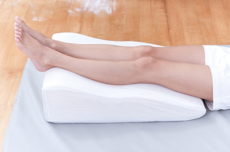 Why Choosing the Best Leg Pillow is Important
